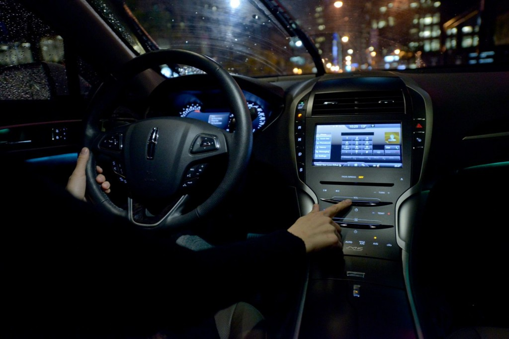 Inside the Lincoln MKZ | Photo: Devin Stinson