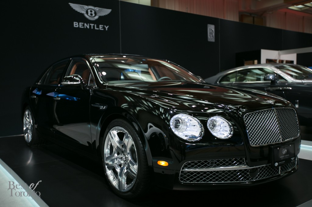 Bentley New Flying Spur sedan