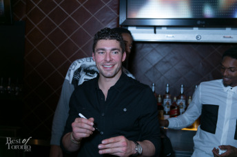 Joffrey Lupul signing autographs at the bar