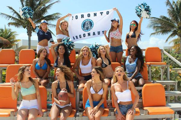 toronto-argos-cheerleaders-2015