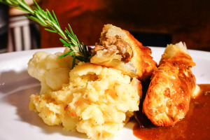 Beer Braised Lamb with Mashed Potatoes